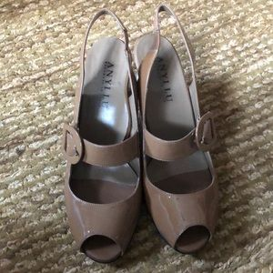 ANYI LU patent leather Carmel shoes